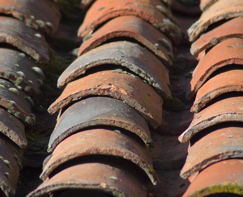 photo de démoussage de toiture par Rah3d